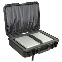 "SKB Corporation iSeries Waterproof Laptop Case w/ Sun Screen Fits Screens up to 17"" - Black"