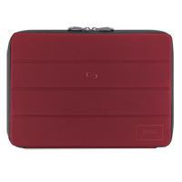 "SOLO Bond Laptop Sleeve Fits Screens up to 13"" - Red"